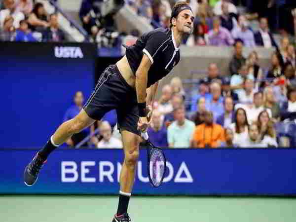 Djokovic ra quân thắng lợi, Federer mở đầu khó khăn tại US Open 2019