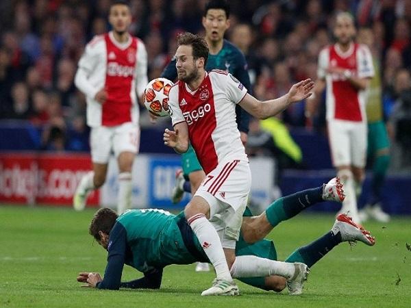 Soi kèo Ajax Amsterdam vs Lille, 02h00 ngày 18/9