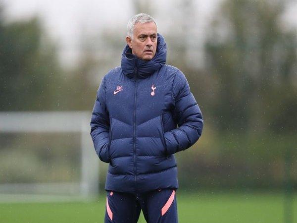 Bóng đá quốc tế chiều 22/10: Mourinho thừa nhận Tottenham bị bất ổn tâm lý
