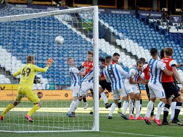 Nhận định trận đấu giữa Luton Town vs QPR 02h00 ngày 13/1
