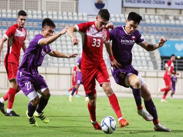 Tin bóng đá 2/6: Thầy Park vơi bớt nỗi lo hàng thủ của ĐTVN