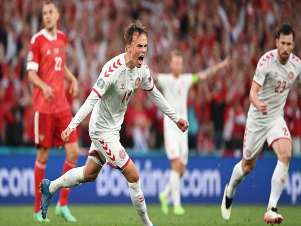 Soi kèo Châu Á trận CH Séc vs Đan Mạch (23h00 ngày 3/7)