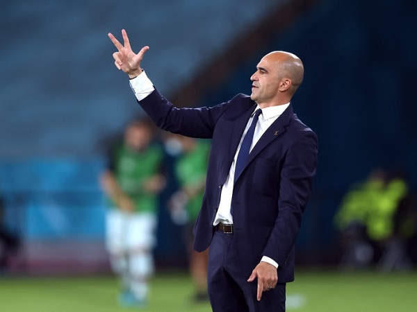 Bóng đá quốc tế tối 22/9: Lộ danh tính người sẽ thay Koeman tại Barca